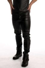 Jean faux cuir - Jean coupe droite style 501, faux cuir.